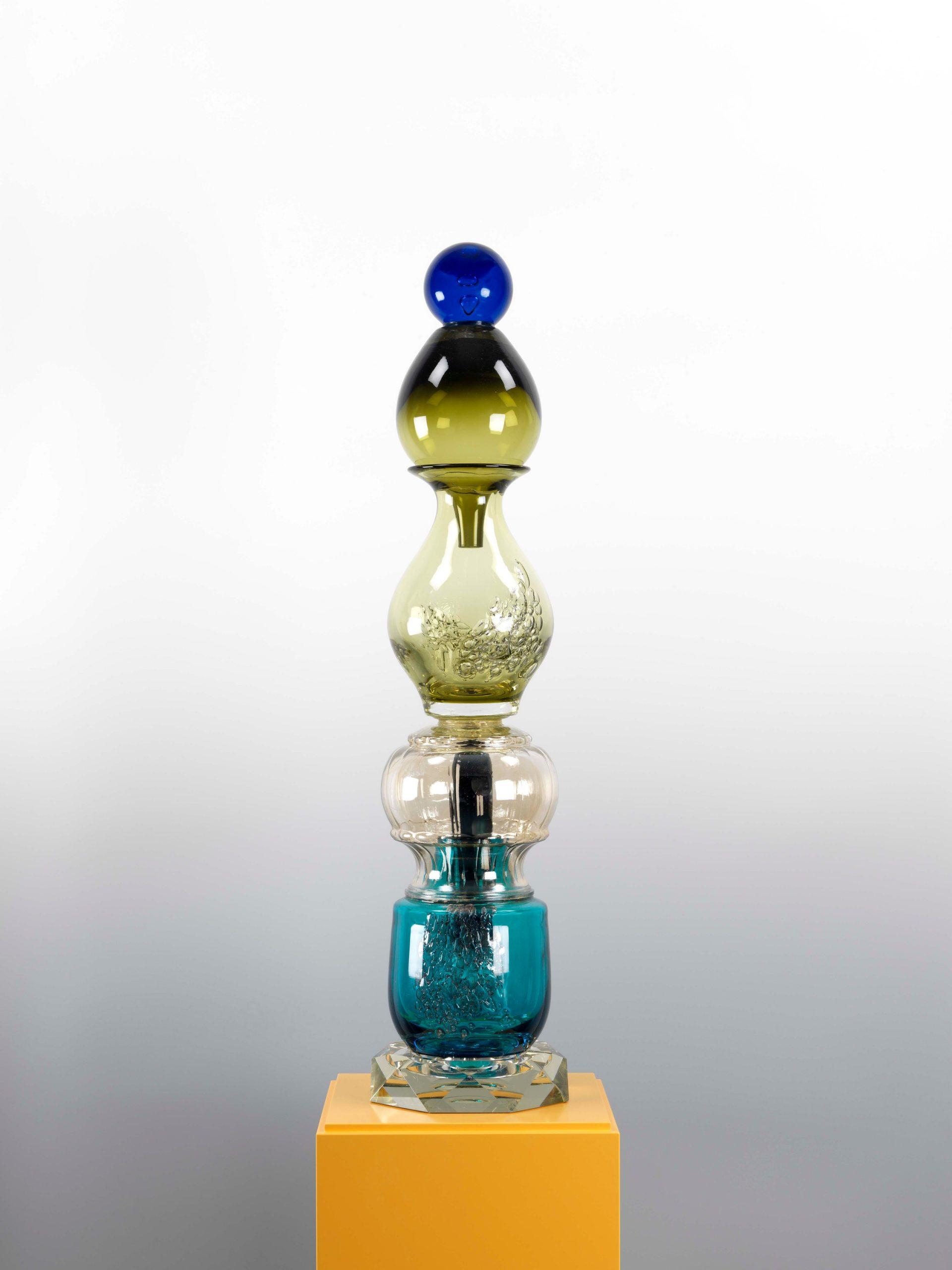 Blaupunkt, 2011, Glas, 78 x 18 x 18 cm